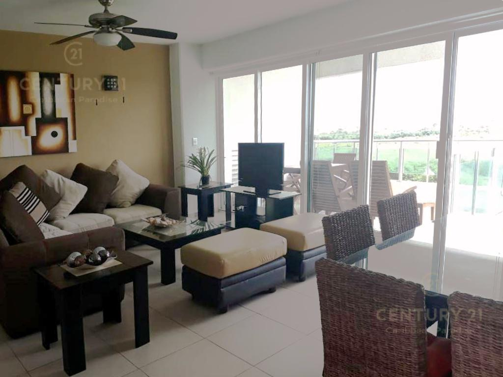 Puerto Cancún Apartment for Sale scene image 3