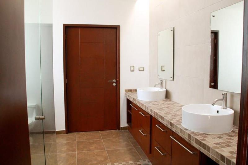Foto Casa en Venta en  San Andrés Cholula ,  Puebla  Casa en Venta en Clúster 999, Lomas de Angelópolis I