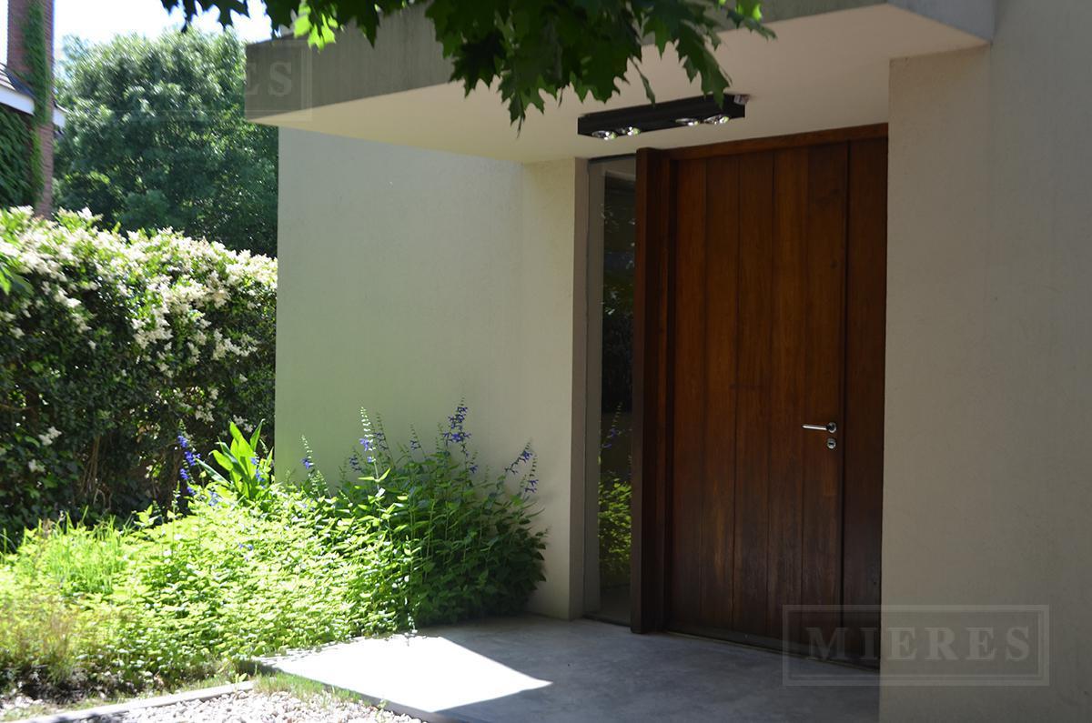 Mieres Propiedades - Casa 390 mt en Ayres Del Pilar