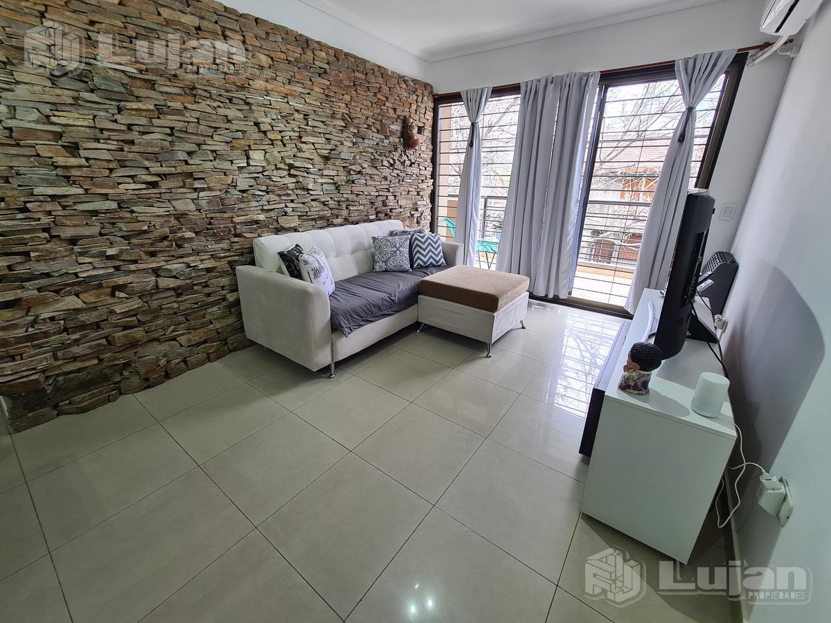 Foto Departamento en Venta en  Liniers ,  Capital Federal  Pilar 800