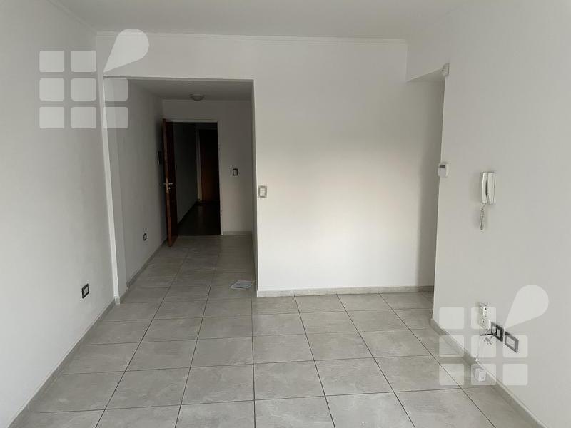 Foto Departamento en Alquiler | Venta en  La Plata ,  G.B.A. Zona Sur  13 N 35 entre 32 y 33