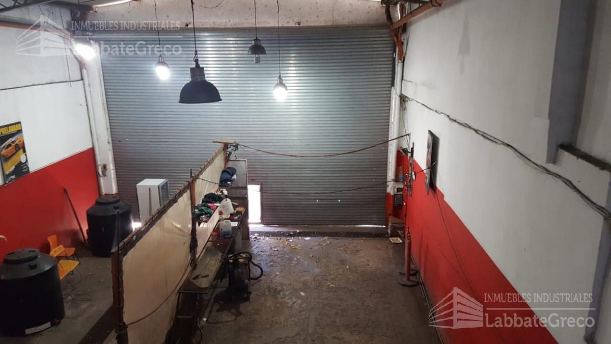 Foto Nave Industrial en Alquiler en  Villa Ortuzar ,  Capital Federal  Av. los Incas al 4200