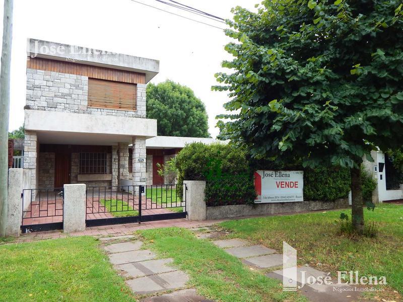 Foto Casa en Venta en  Fisherton,  Rosario  Morrison al 7600
