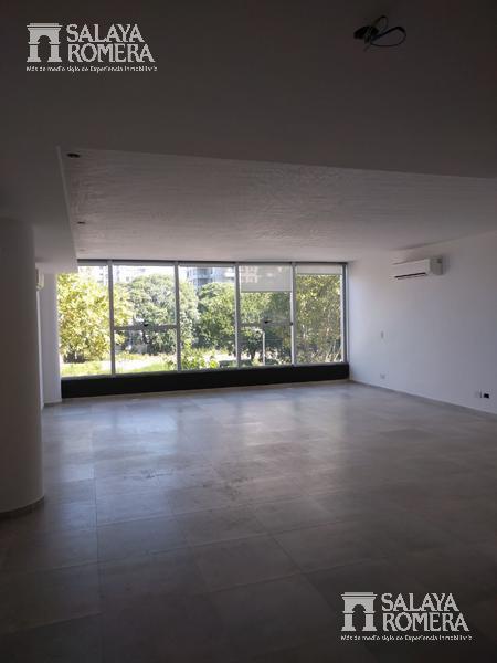 Foto Oficina en Alquiler en  Olivos,  Vicente Lopez  Boulevard Camacua al 400