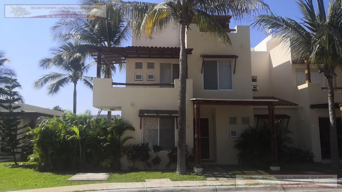 Foto Casa en Renta en  Acapulco de Juárez ,  Guerrero  TERRASOL al 400