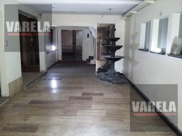 Foto Depósito en Venta en  Villa Luro ,  Capital Federal  Juan B. Justo  8100