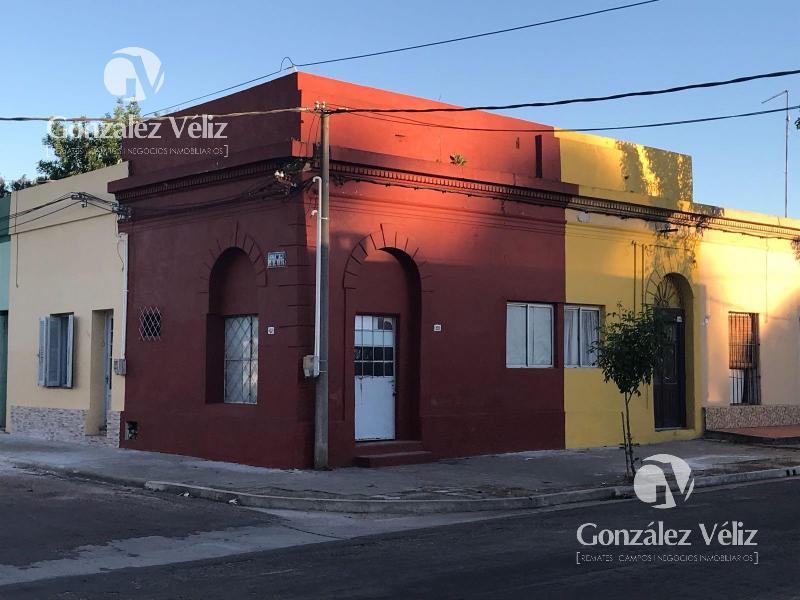 Foto Casa en Venta | Alquiler en  Carmelo ,  Colonia  Sarandi y 25 de Mayo