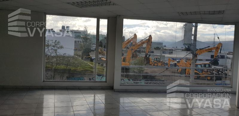 Foto Oficina en Alquiler en  Carcelén,  Quito  CARCELEN - MUY CERCA AL INTERCAMBIADOR EXCELENTE OFICINA DE RENTA 45M2