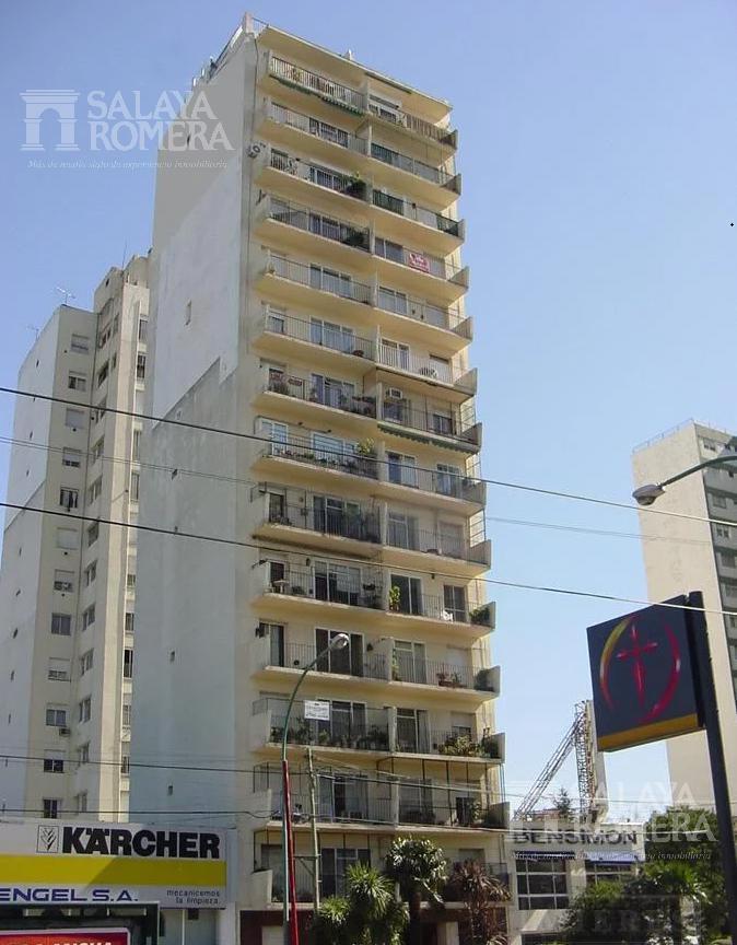 Foto Departamento en Alquiler en  Olivos,  Vicente Lopez  Av. Libertador al 2300  12°
