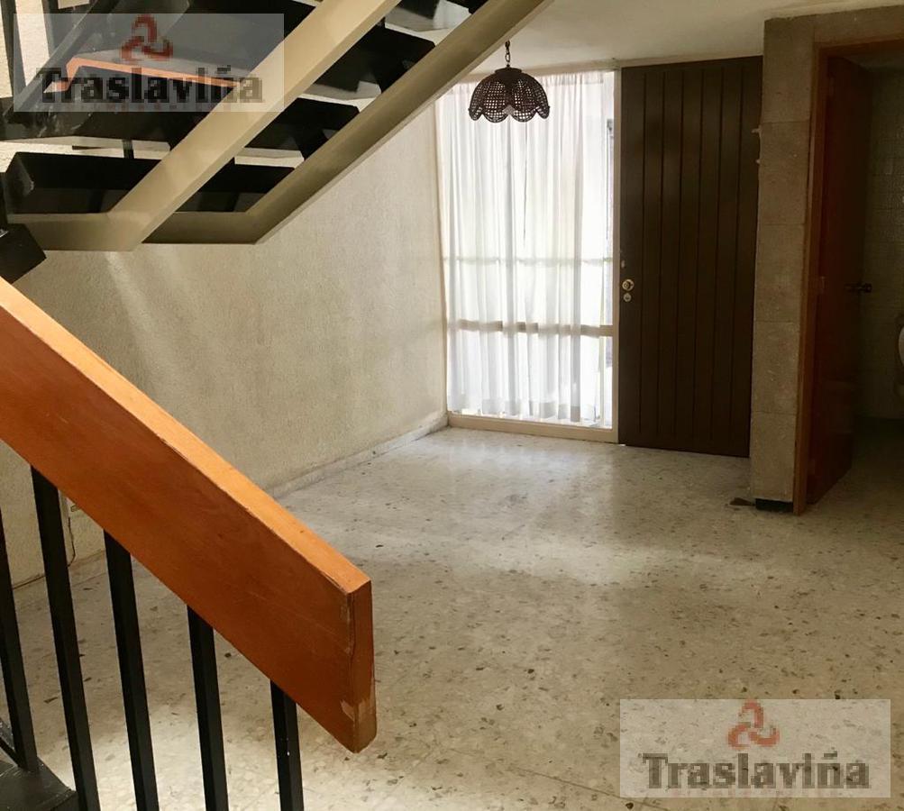 Foto Casa en Venta en  Fraccionamiento Jardines del Moral,  León  Casa para oficinas VENDIDA!