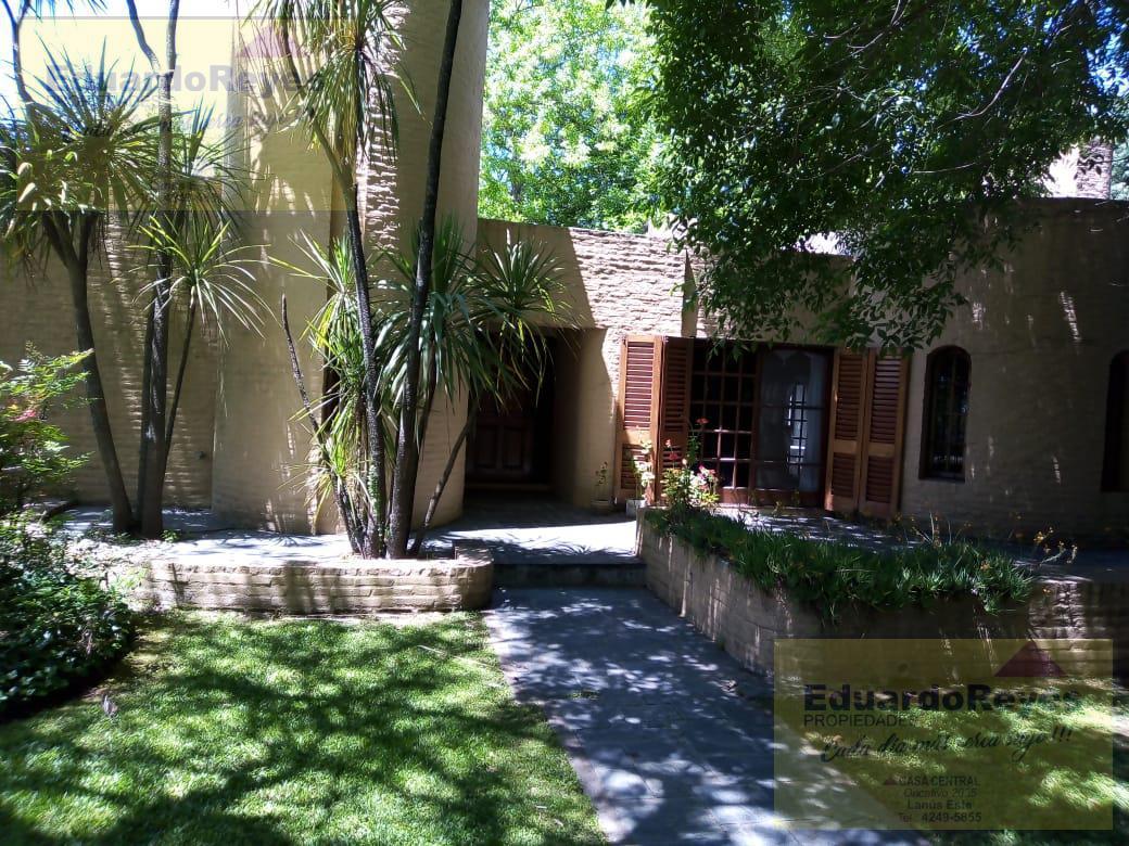 Foto Casa en Venta en  Country El Paraíso,  Guernica  CALLE 21 Y AV 33