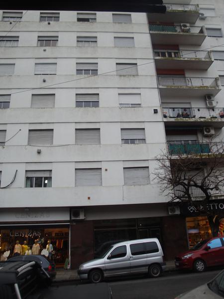 Foto Departamento en Venta en  La Plata ,  G.B.A. Zona Sur  9 entre 49 y 50