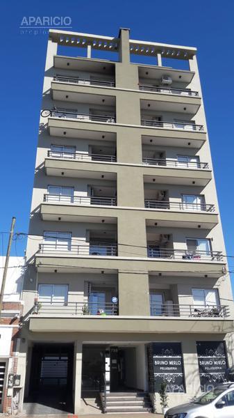 Foto Departamento en Venta en  La Plata ,  G.B.A. Zona Sur  38 entre 10 y 11