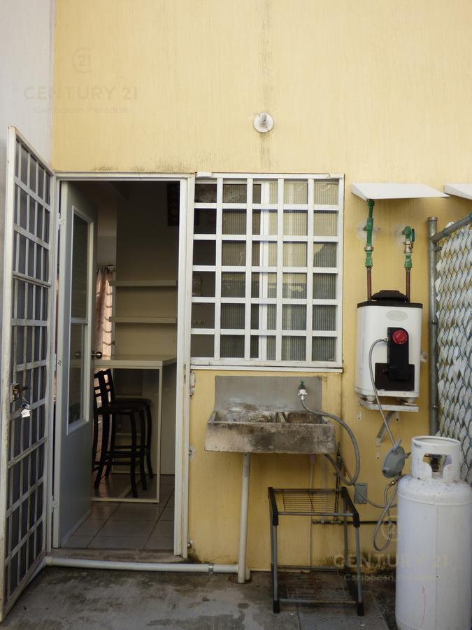 Las Palmas House for Rent scene image 17