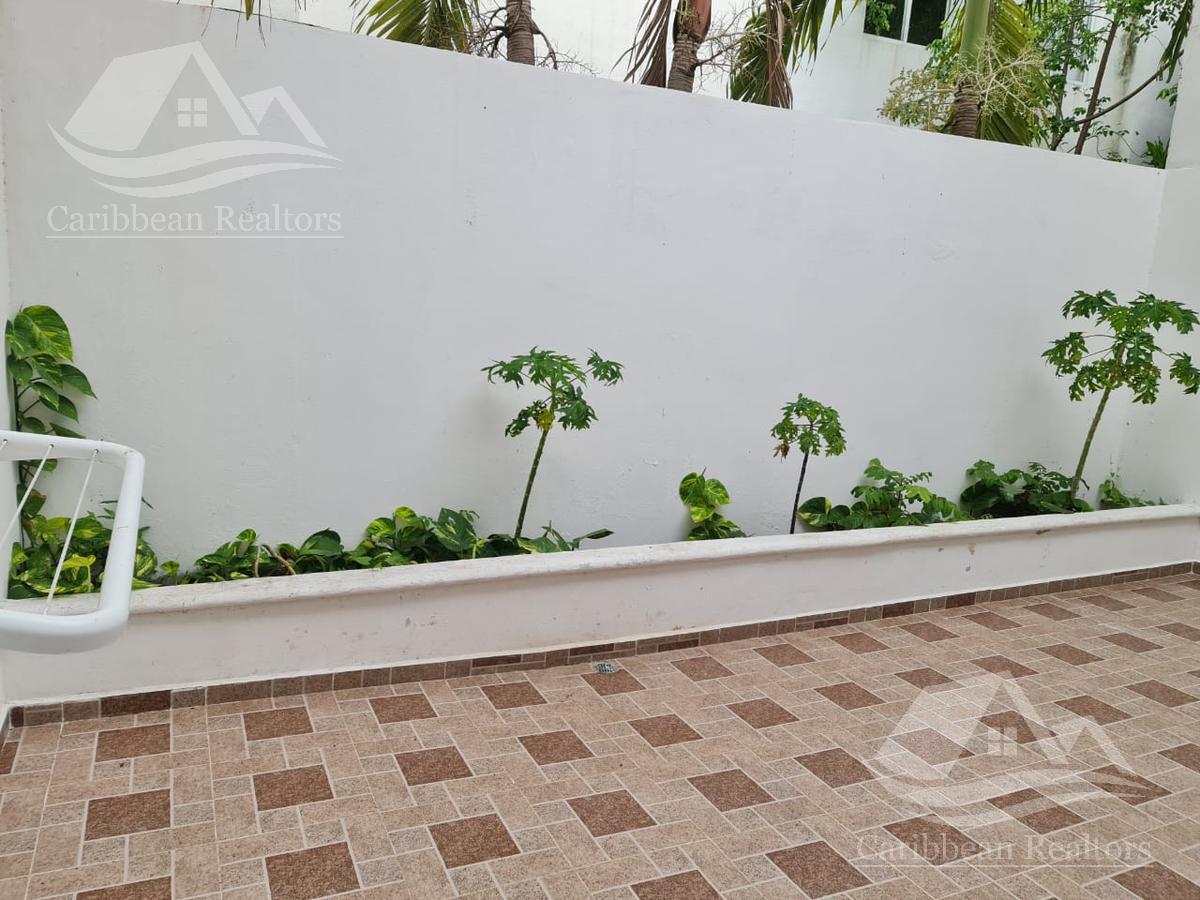 Picture House in Sale in  Polígono Sur,  Cancún  Polígono Sur