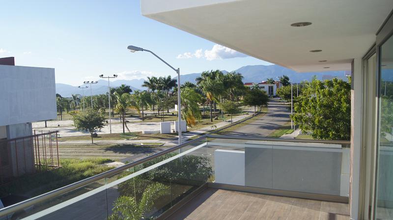 Foto Casa en Venta en  Residencial Real Santa Bárbara,  Colima  Arturo Cervantes Ochoa 124