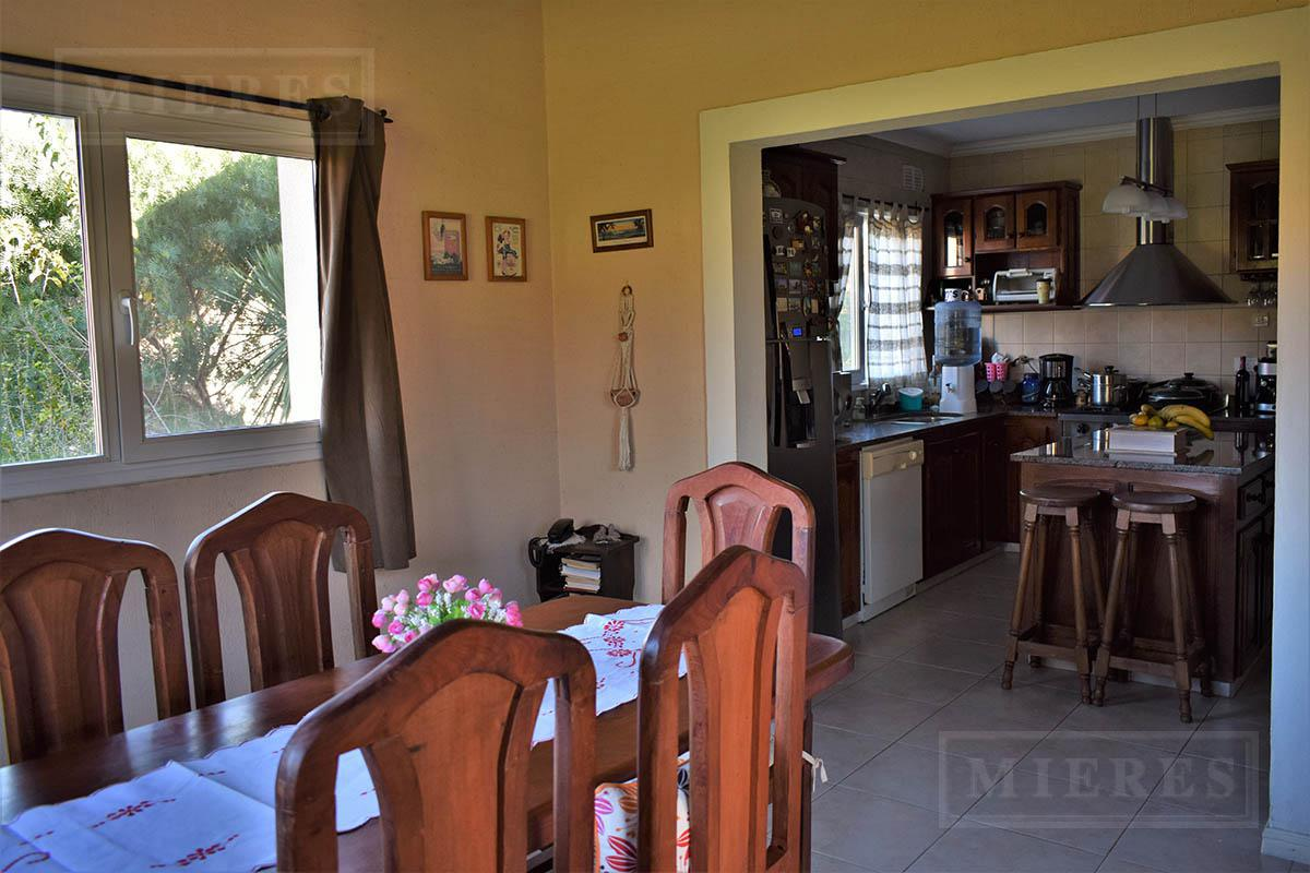 Casa de 316 mts en Lomas de Fatima