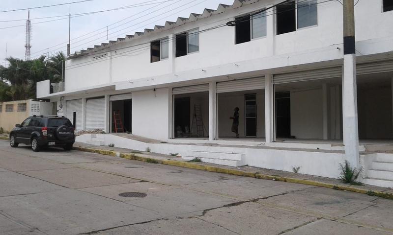Foto Local en Renta en  Benito Juárez Norte,  Coatzacoalcos  Local Comercial en Renta, Juan Escutia, Col. Benito Juarez Norte