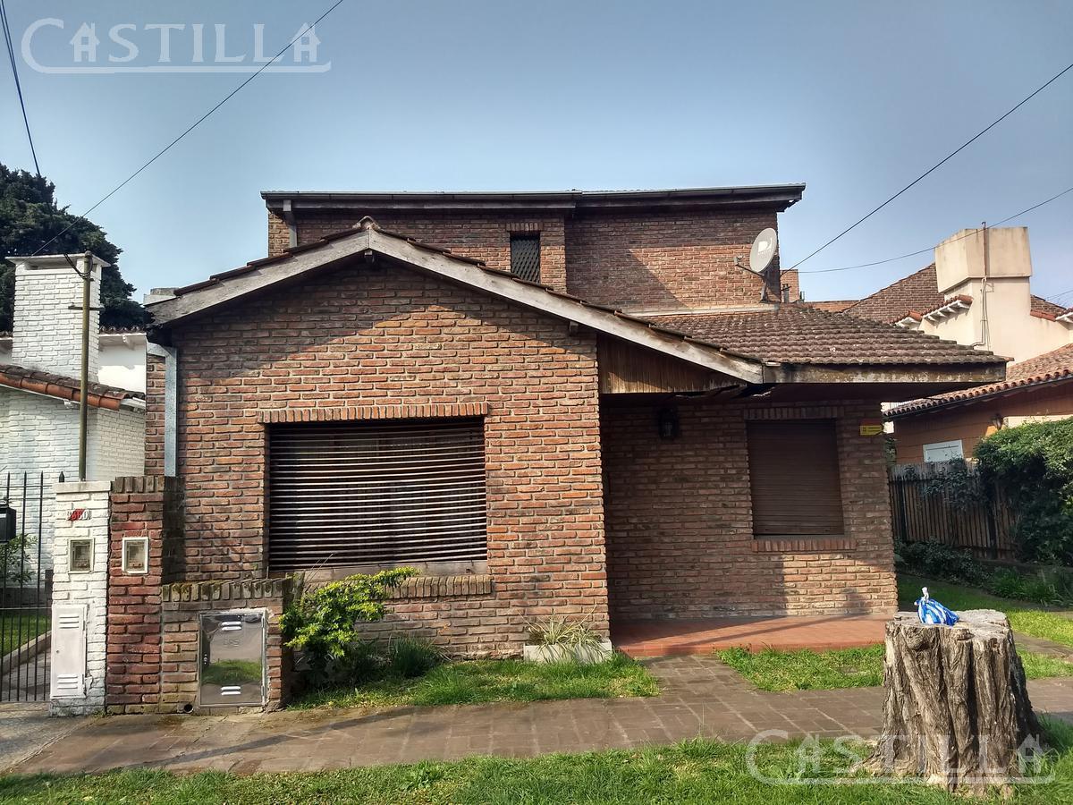 Foto Casa en Venta en  Victoria,  San Fernando        Libertad al 3300