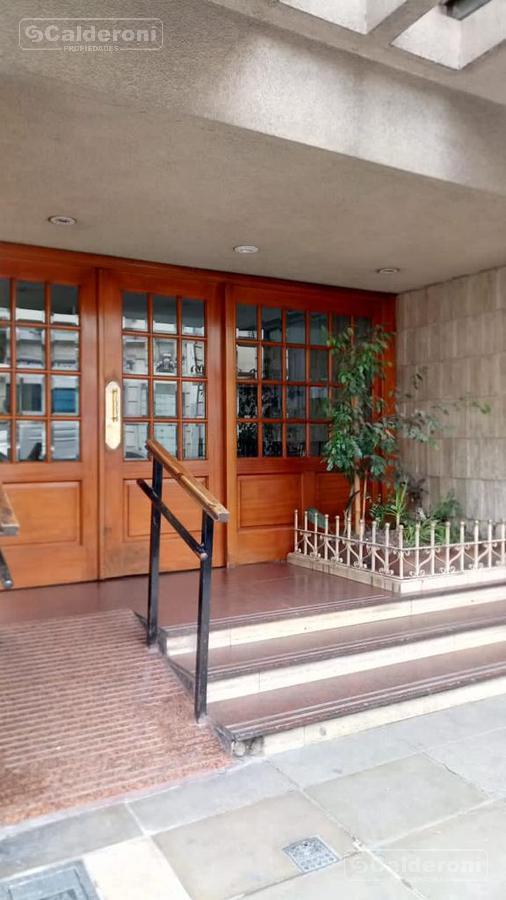 Foto Departamento en Venta en  Almagro ,  Capital Federal  Sarmiento 4075
