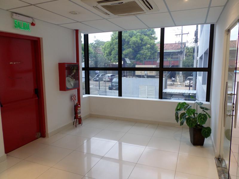 Foto Oficina en Alquiler en  Las Carmelitas,  Santisima Trinidad  Alquilo Oficina De 250 M2 En Edificio Corporativo En Carmelitas