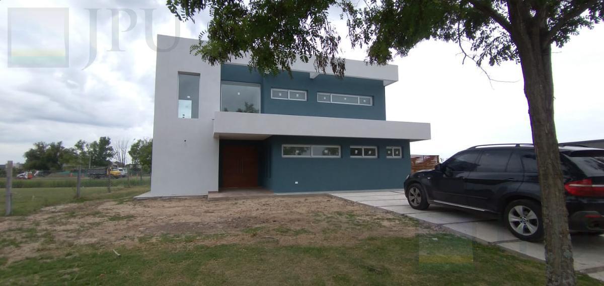 Foto Casa en Venta en  El Canton,  Countries/B.Cerrado (Escobar)  Islas al 400