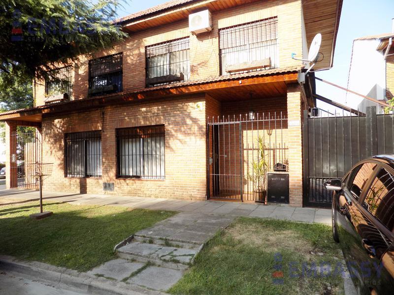Foto Casa en Venta en  Olivos,  Vicente López  Miguel Cane al 3900