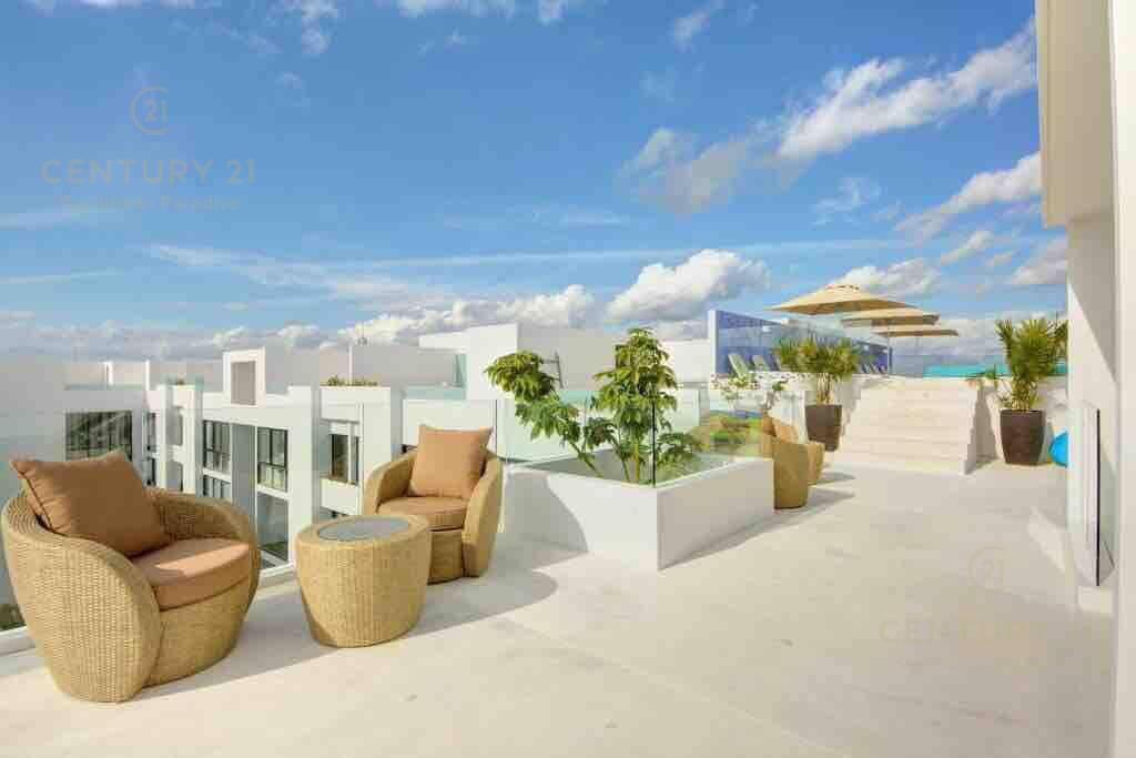 Playa del Carmen Apartment for Sale scene image 19