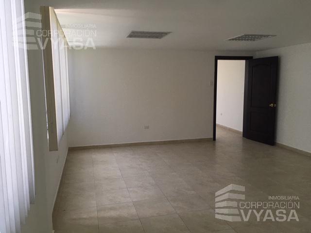 Foto Oficina en Alquiler en  Norte de Quito,  Quito  VOZANDES Y MARIANO ECHEVERRÍA -  CERCA A LA Y,  BONITA OFICINA DE RENTA DE 100 m2