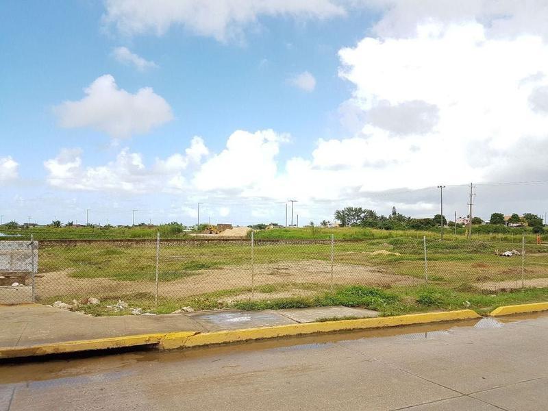Foto Terreno en Renta en  Allende Centro,  Coatzacoalcos  Av. Zamora esquina con Boulevard Morelos, Villa Allende, Ver.