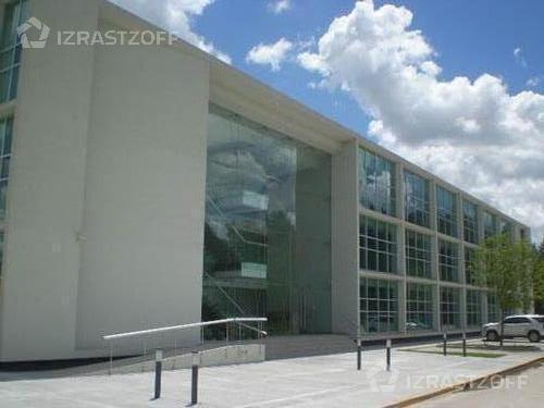Oficina-Venta-Pilar-skyglass