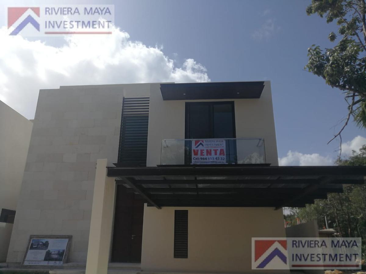 Foto Casa en Venta en  Solidaridad ,  Quintana Roo  Casa 2 niveles en venta, en Senderos Maya Koba.