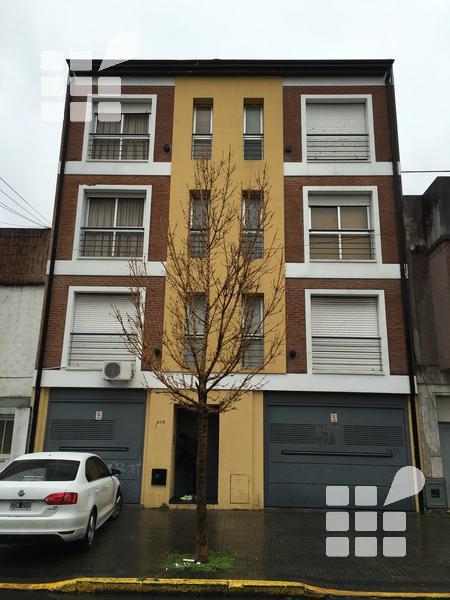 Foto Departamento en Venta en  La Plata ,  G.B.A. Zona Sur  9 Nº al 400