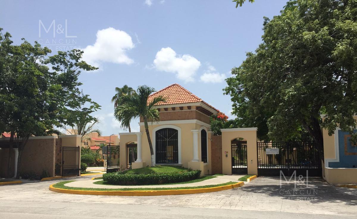 Foto Casa en condominio en Venta en  Supermanzana 50,  Cancún  Casa en Venta en Cancún, Condominio Buenavista, 4 recámaras, supermanzana 50
