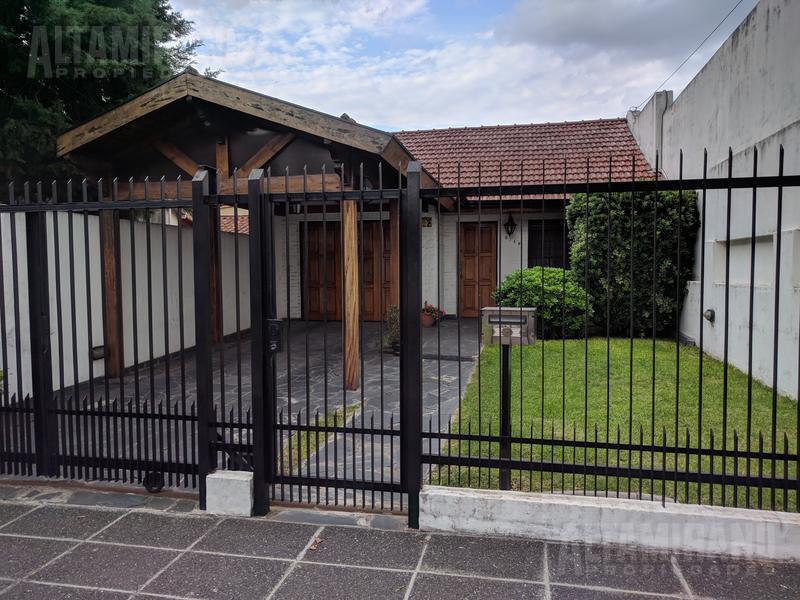 Foto Casa en Venta en  Villa Ballester,  General San Martin  Republica al 5100