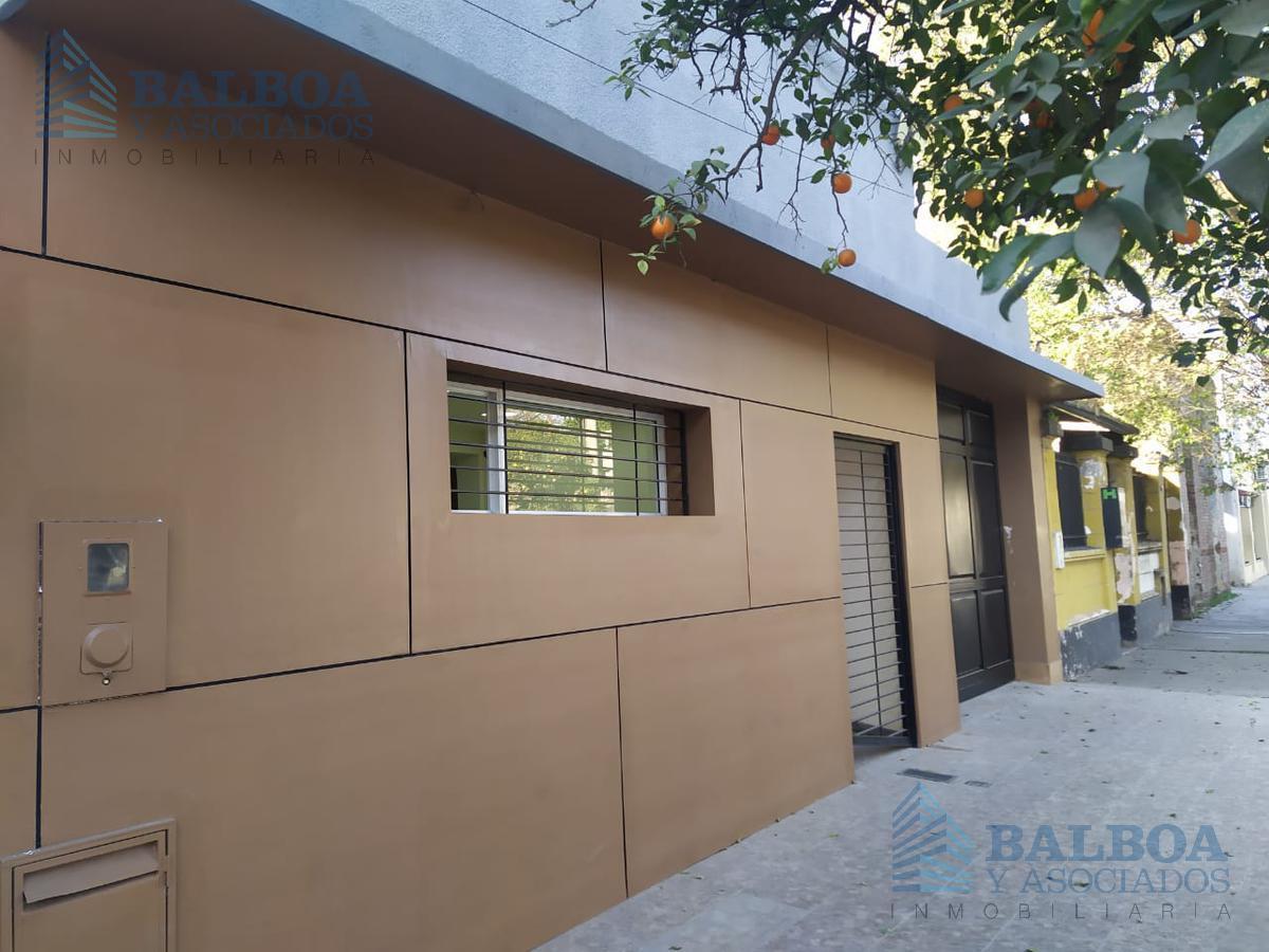 Foto Casa en Alquiler en  Capital ,  Tucumán  Corrientes al 1300