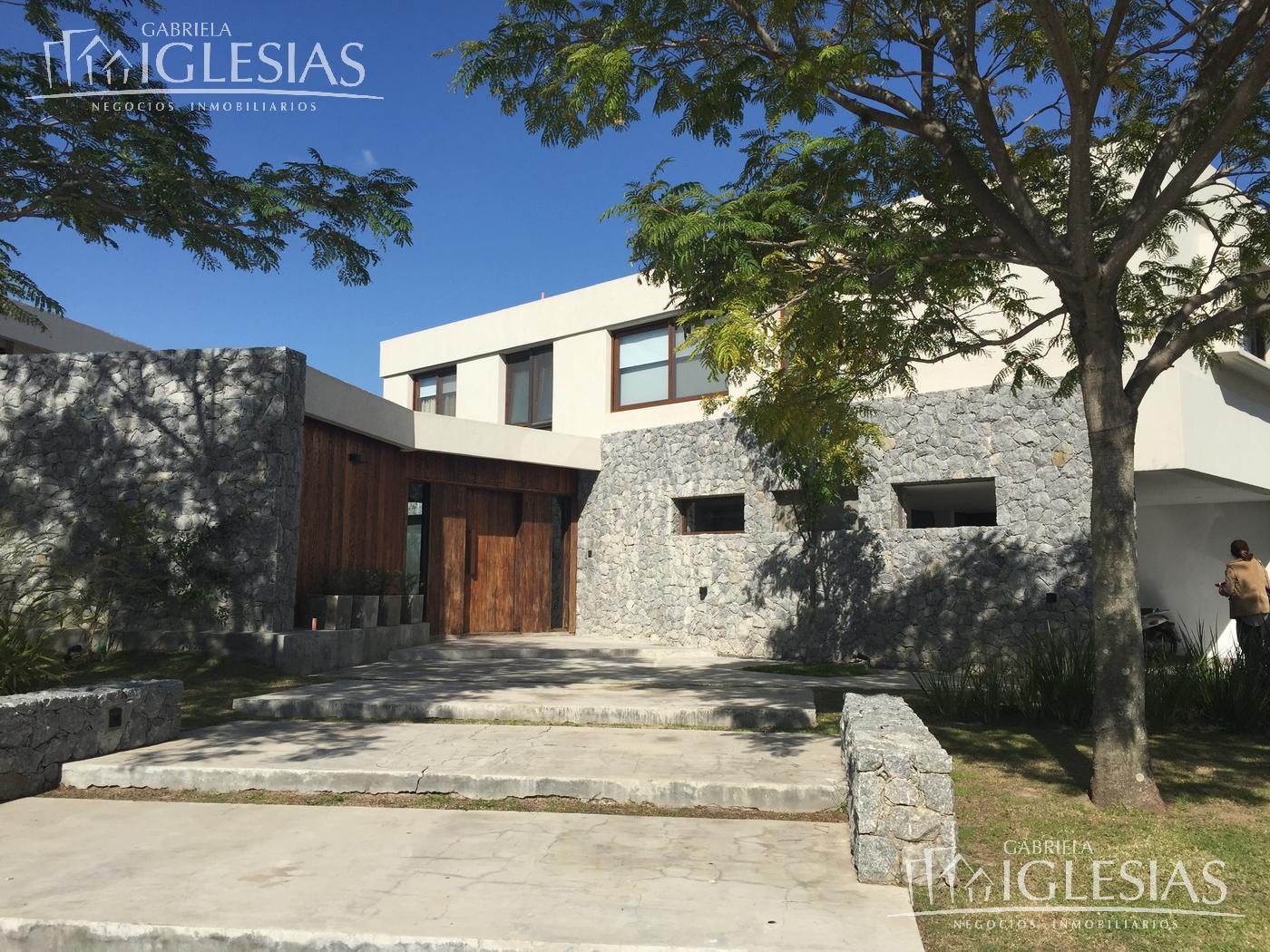 Casa en Venta  y Alquiler temporario  en Nordelta El Golf