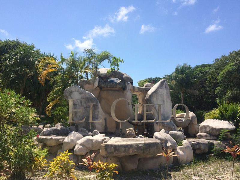 Playa del Carmen Departamento for Alquiler scene image 1