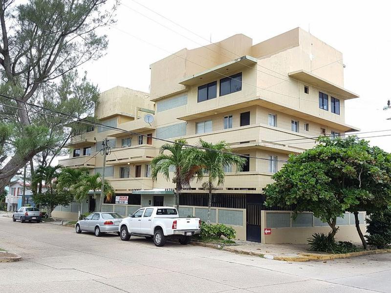 Foto Departamento en Renta en  Coatzacoalcos Centro,  Coatzacoalcos  Penthouse en  Av. 18 de Marzo No. 500 esq. Av. Vicente Guerrrero, Zona Centro, Coatzacoalcos, Ver.