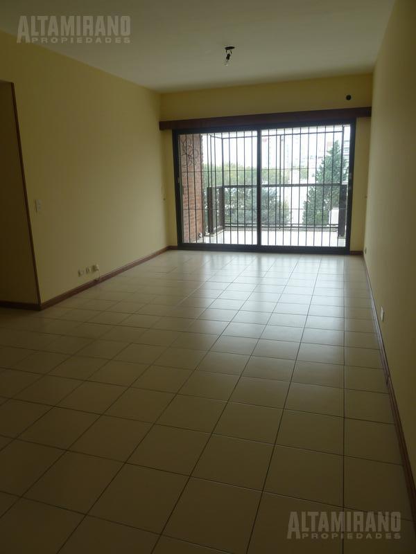 Foto Departamento en Alquiler en  Villa Ballester,  General San Martin  Alvear al 2400 5° A e/ Bs. As y Boulevard