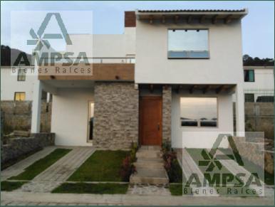 Foto Casa en condominio en Venta en  Valle de Bravo ,  Edo. de México  Privada Canutillo