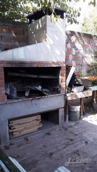Foto Casa en Venta en  Francisco Alvarez,  Moreno  los tulipaneros al 2900