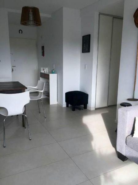 Foto Departamento en Venta en  Olivos,  Vicente López  AV. MAIPU 3100