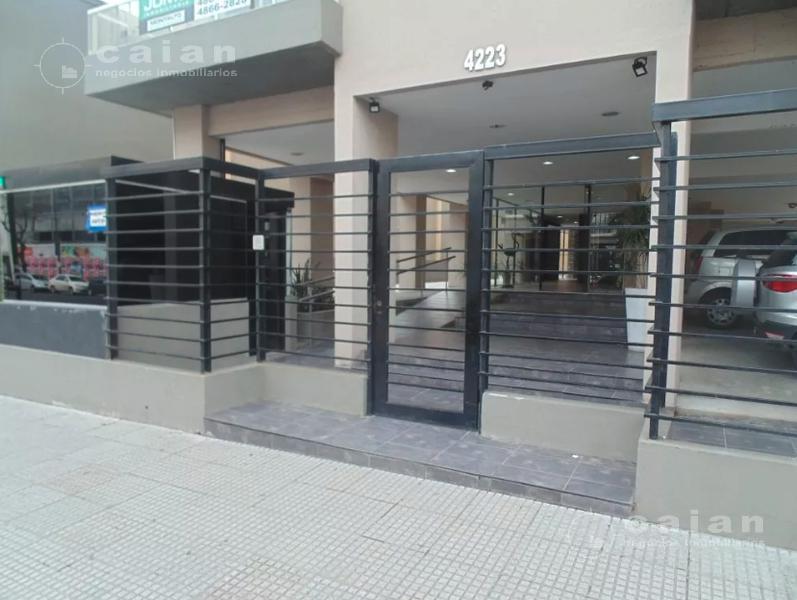 Foto Departamento en Venta en  Almagro ,  Capital Federal  Av. Diaz Velez al 4200