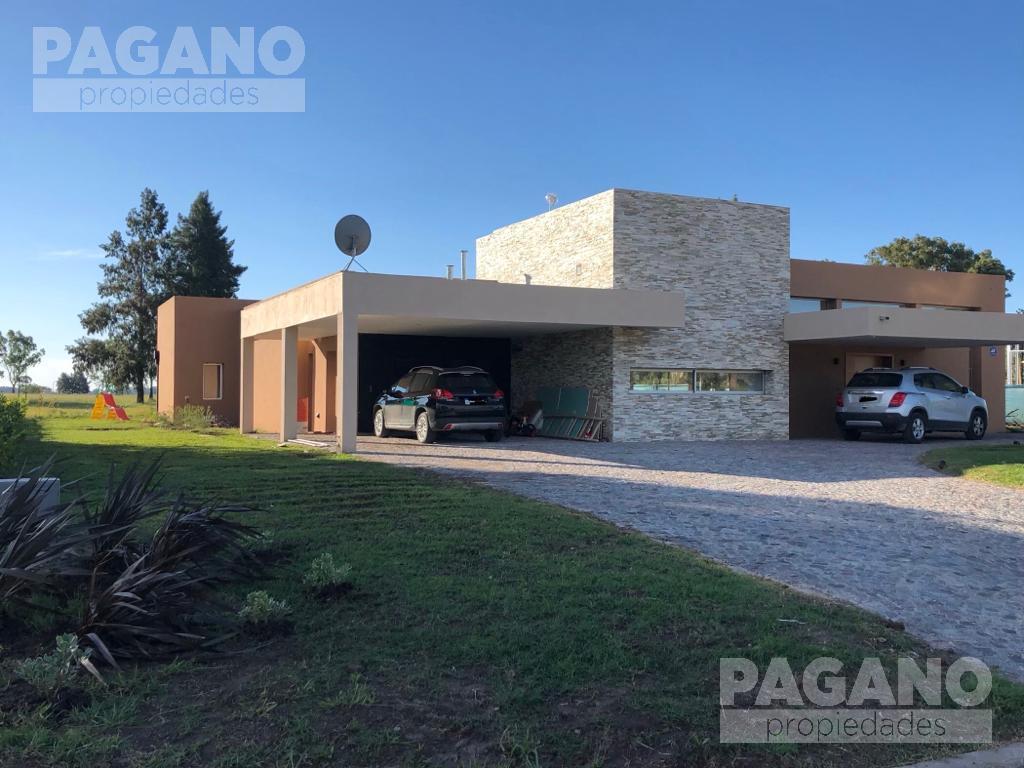 Foto Casa en Venta en  La Plata,  La Plata  Area 60 La Victoria