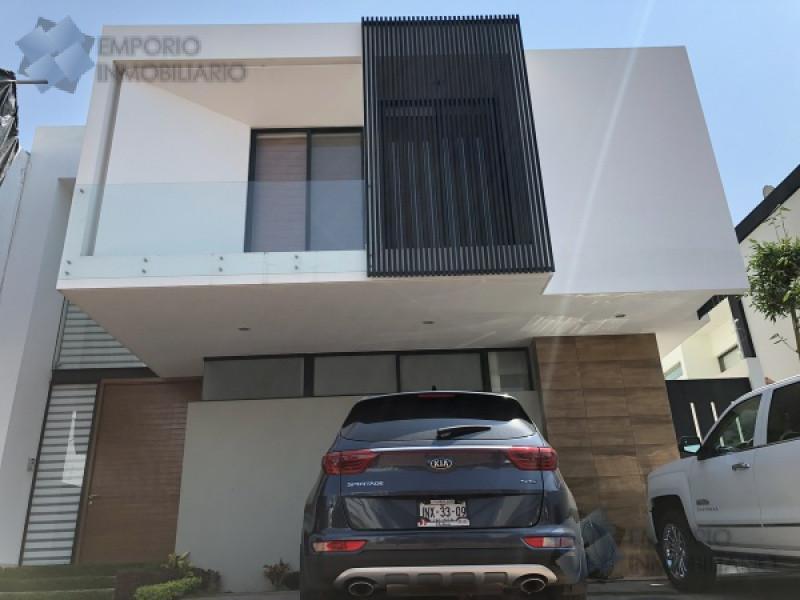 Foto Casa en Venta en  La Rioja,  Tlajomulco de Zúñiga  Residencia Venta Fracc. La Rioja $5,600,000 A257 E1