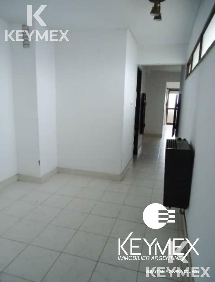 Foto Departamento en Venta en  La Plata ,  G.B.A. Zona Sur  66/ 3 y 4 Semipiso con cochera incluida