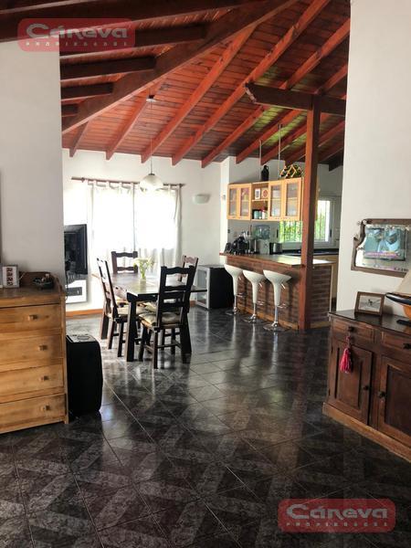 Foto Casa en Venta en  Acacias Blancas,  Ingeniero Maschwitz  Ing Maschwitz Las Retamas