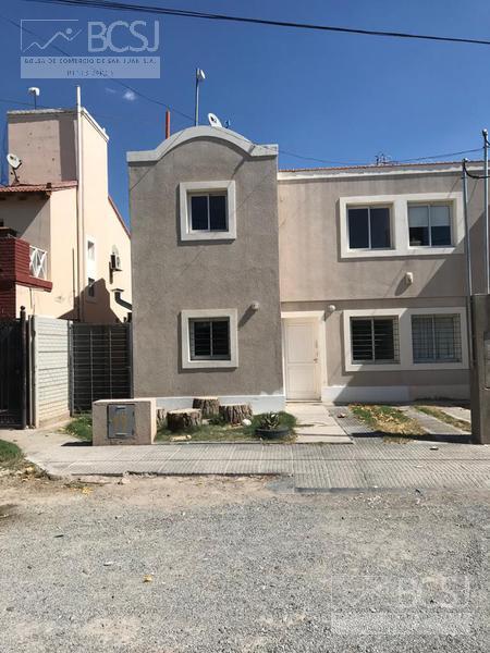 Foto Casa en Venta en  Rivadavia ,  San Juan  Bº Los almendros