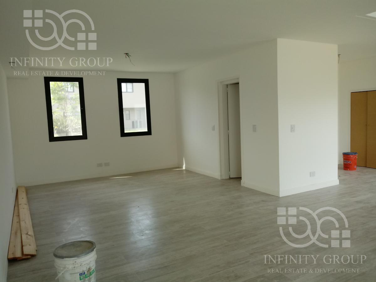 Foto Casa en Venta en  Santa Catalina,  Villanueva  Bo. Santa Catalina Lote al 200